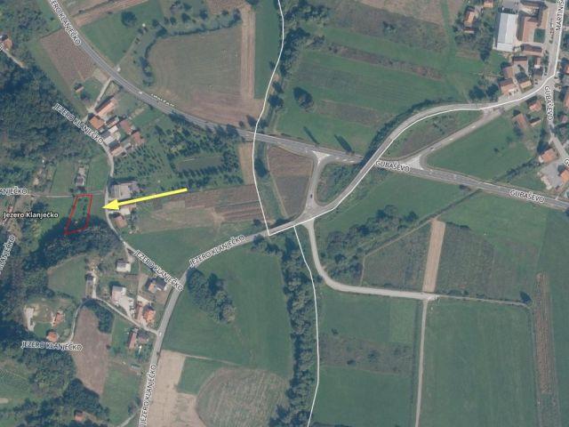 Veliko Trgovišće, ograđeno gradilište (910 m2) sa strujom