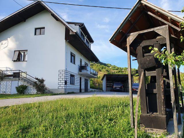 Klanjec, obiteljska kuća na prodaju