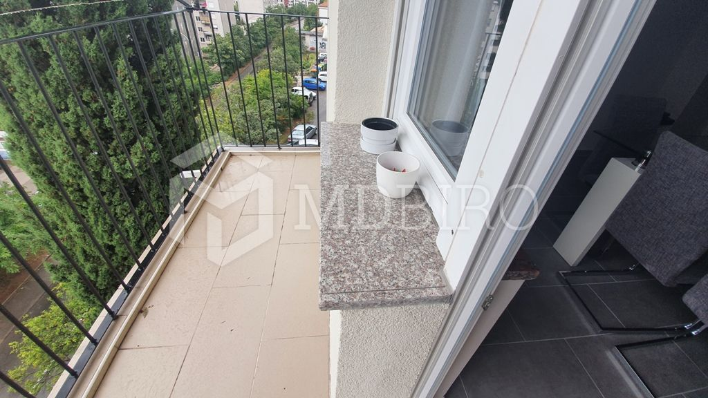 Krnjevo,dvosoban klasičan, balkon, pogled, jug