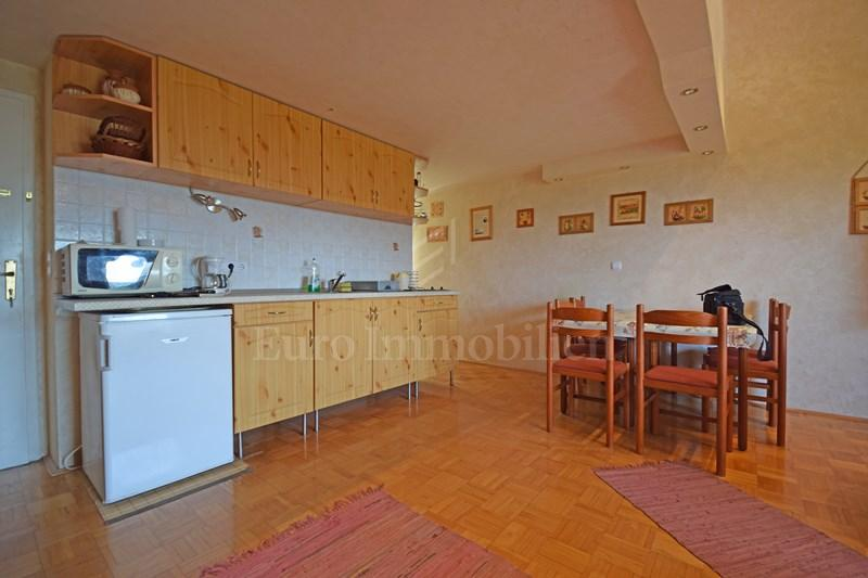 Malinska - beautiful apartment on a great location with a view of the sea