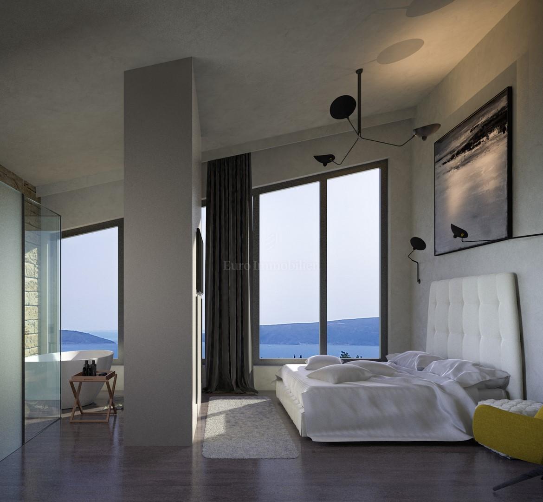 Moderna vila z panoramskim pogledom na morje