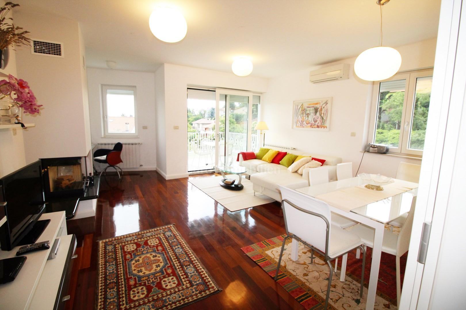 Potpuno opremljeno stanovanje z odlični lokacijo