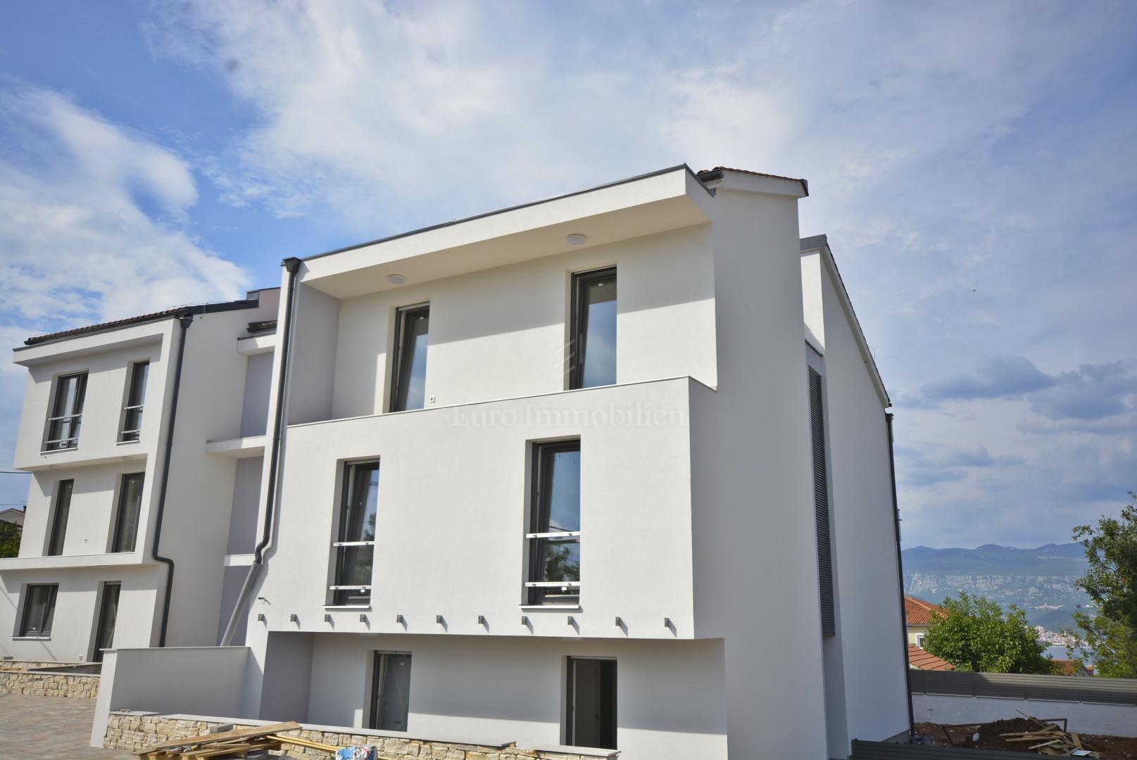 Appartamento al piano terra, nuova costruzione a 250 m dal mare