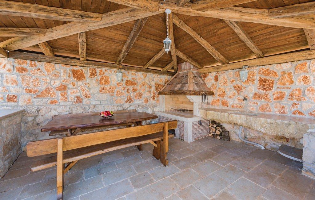 Tradicionalna istarska villa koja odiše posebnim šarmom