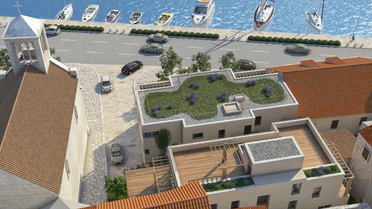 Exklusives Penthouse in Sibenik erste Reihe zum Meer