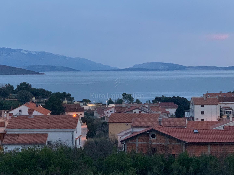 Luksuzni apartman s pogledom na more