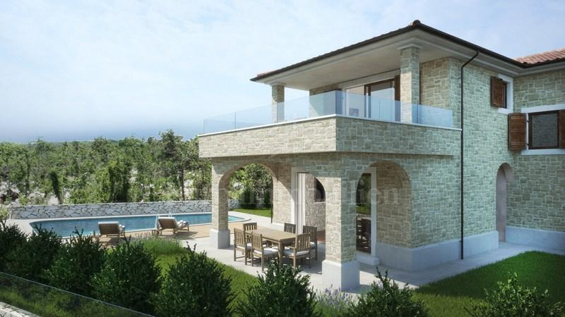 Building land ideal for building three stone houses