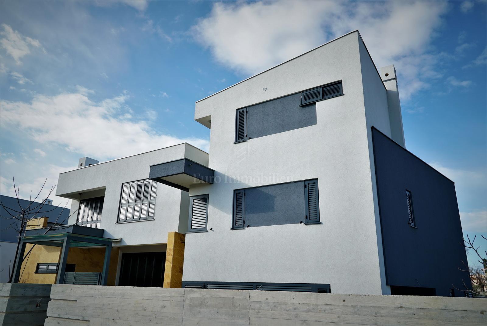 Haus in Strandnähe, Neubau!
