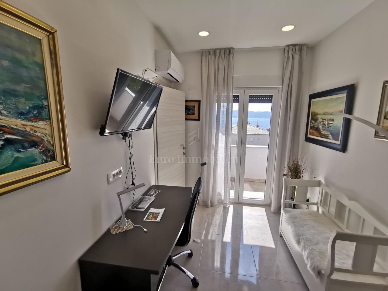 Samostojeća kuća 200 m od plaže