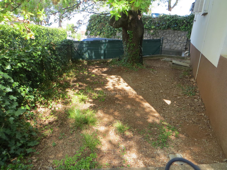 Erdgeschosswohnung mit Garten