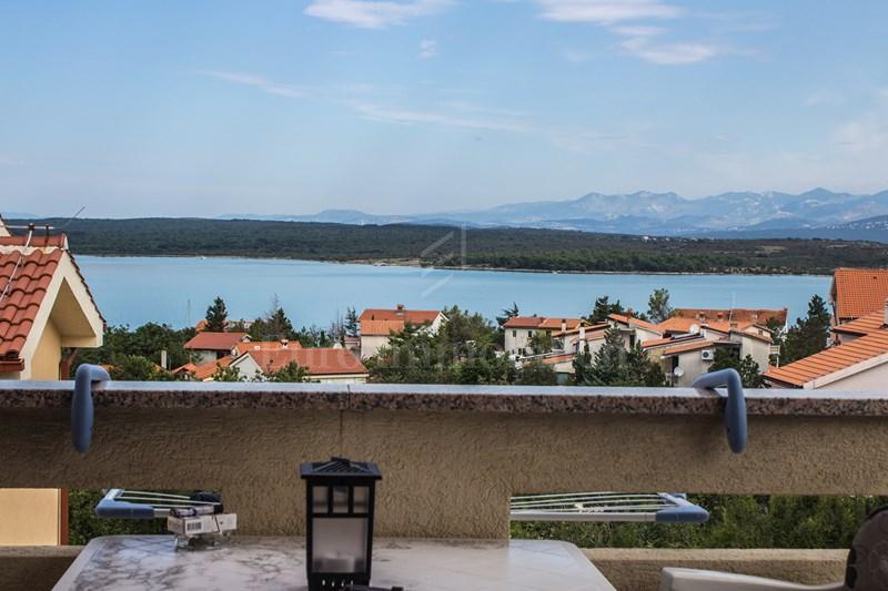 Namješteni apartman s predivnim pogledom na more
