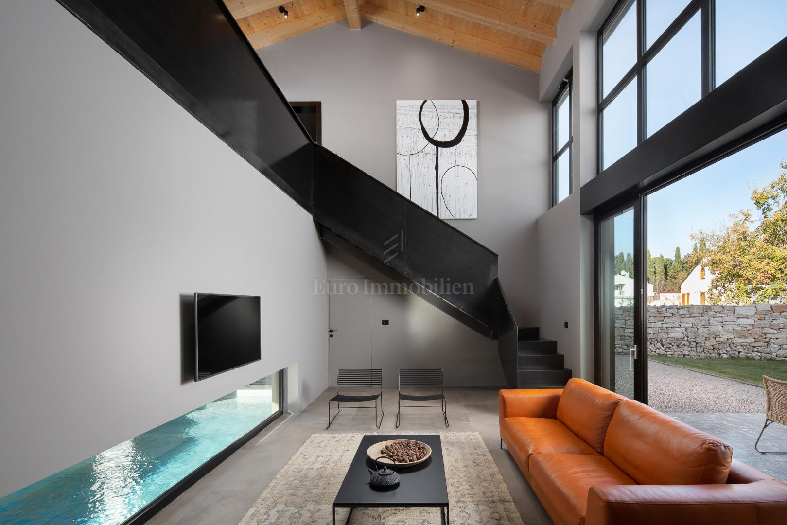 Synergy of modern and traditional!