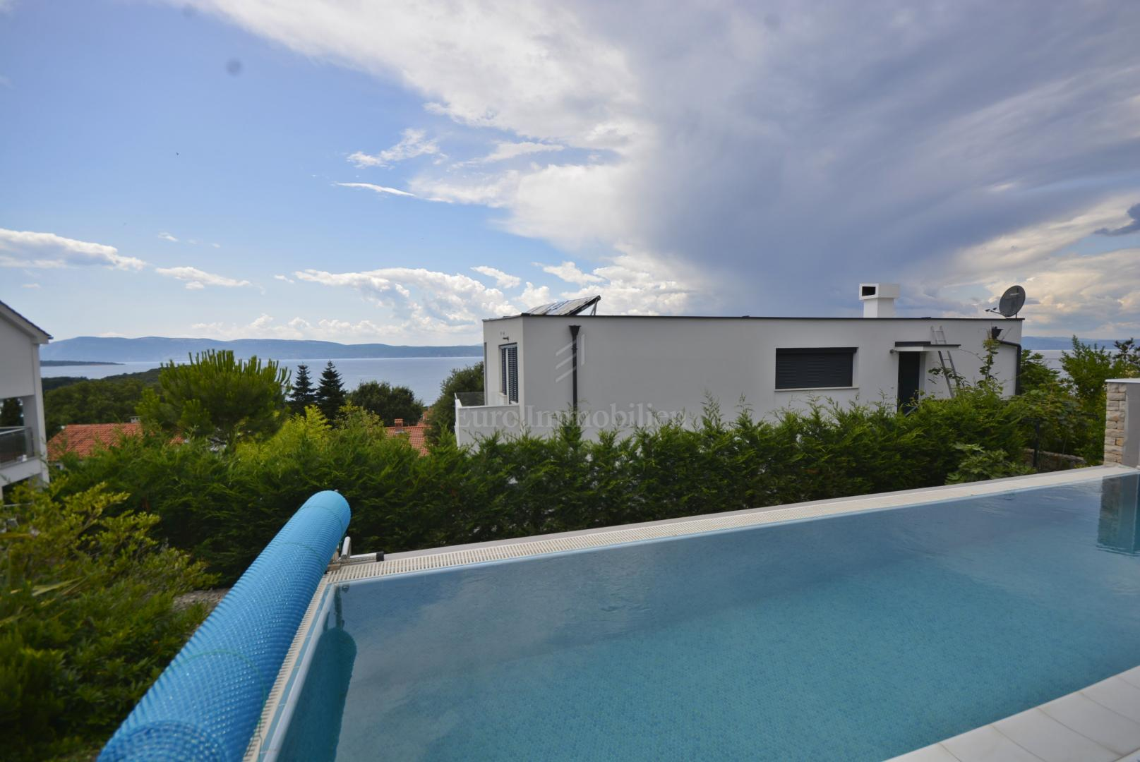 Modern vila with a open view of the sea