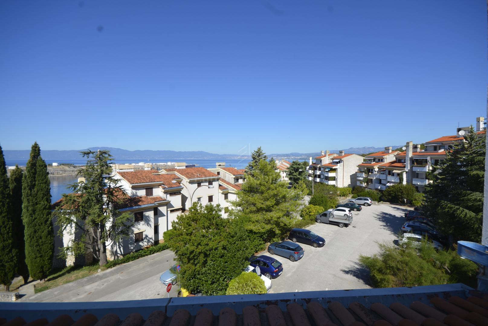 Omišalj - apartman sa pogledom na more i grad Rijeku