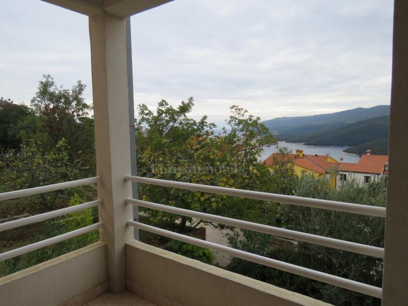 Apartman u Rapcu s pogledom na more!