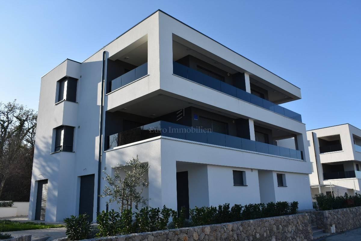 Novogradnja, okolica Malinske! Apartman sa pogledom na more!