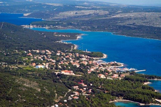 Građevinsko zemljište s pogledom na more!
