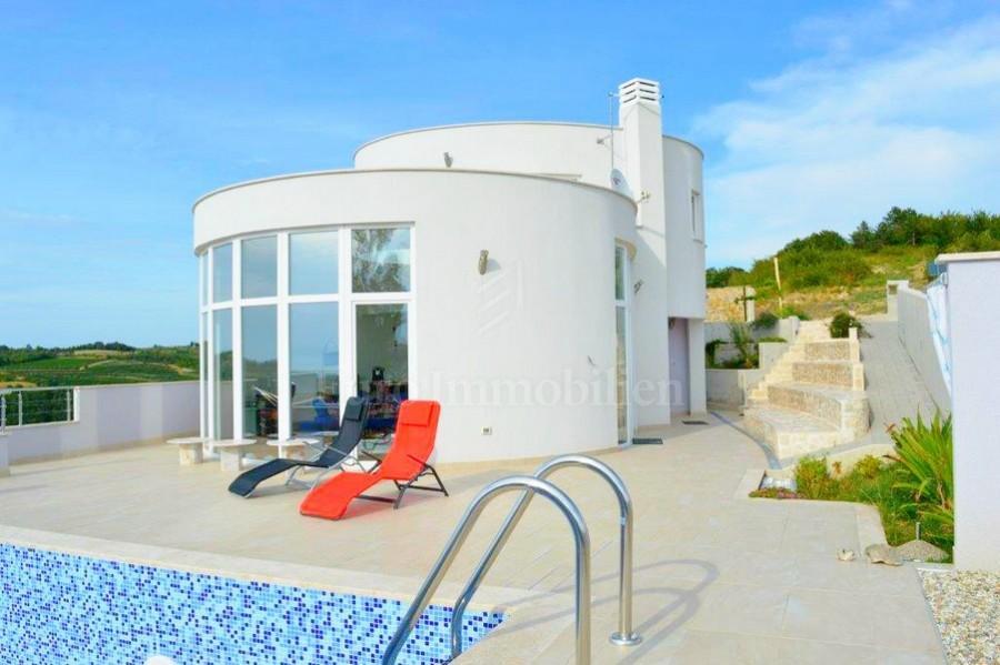 Moderna vila s pogledom na more, Buje, Istra, Hrvatska