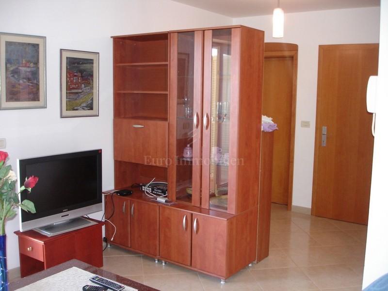 Stan u Novigradu, 70m2