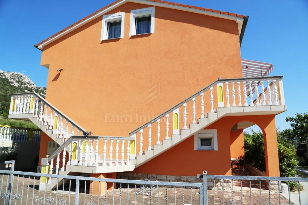 House in a quiet location in Baška