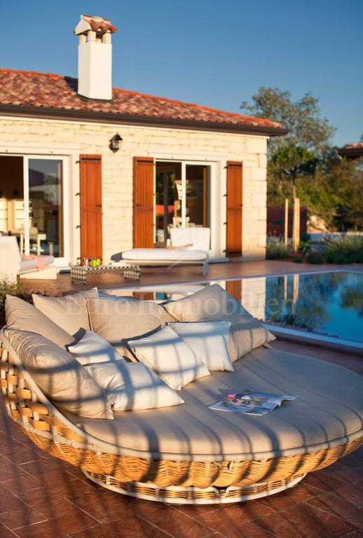 Lüxuriöse Villa mit herrlichen Meerblick