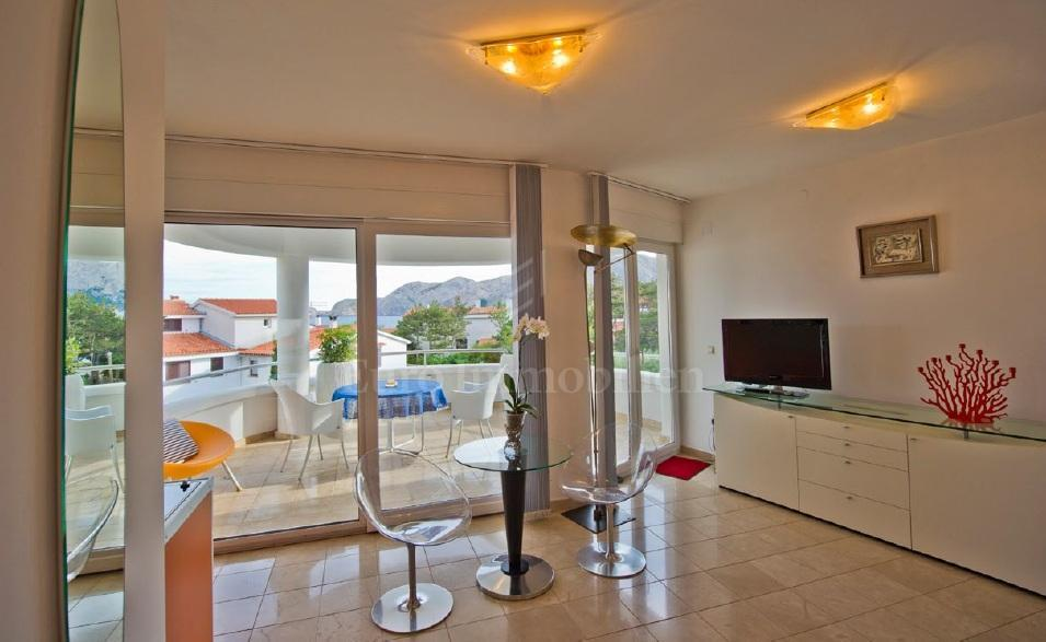 Unique property with six luxuriously equipped apartments