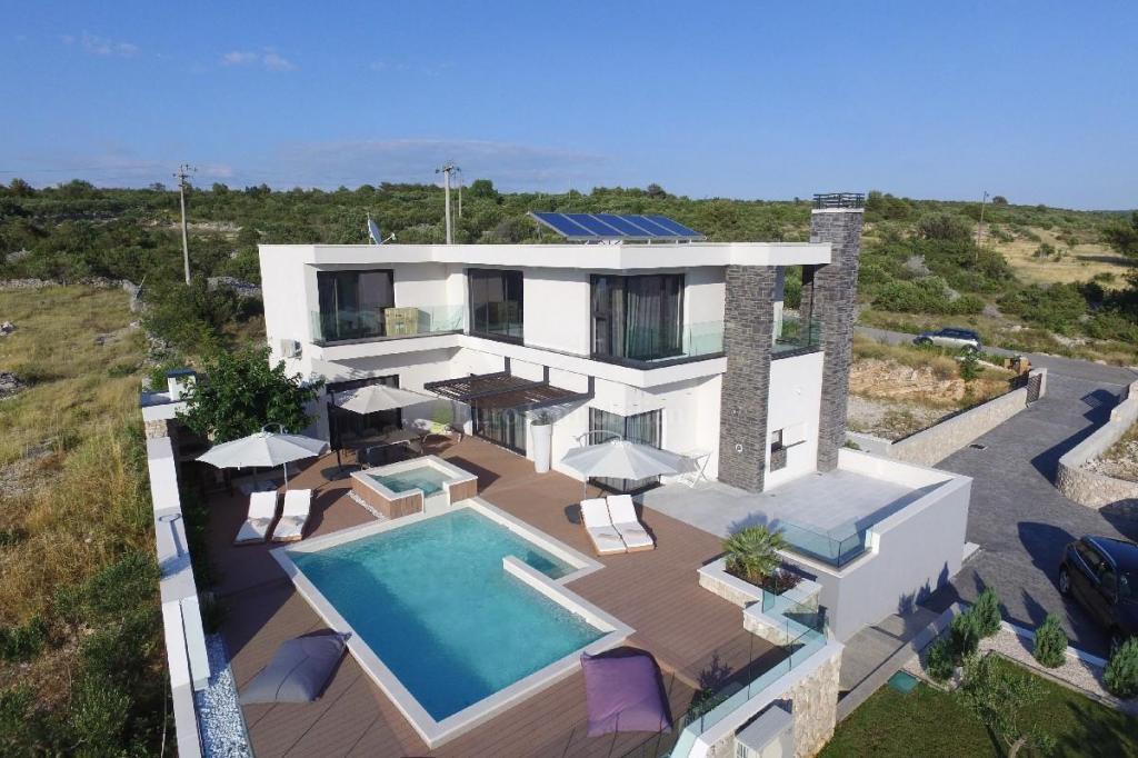 Jedinstvena villa sa panoramskim pogledom na more