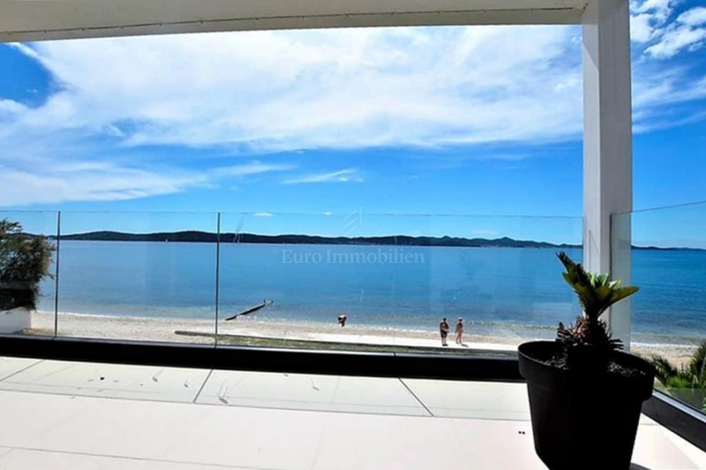 Luxuswohnung erste Reihe zum Meer