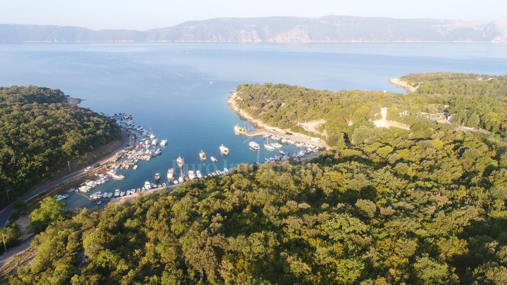 Građevinsko zemljište s pogledom na more