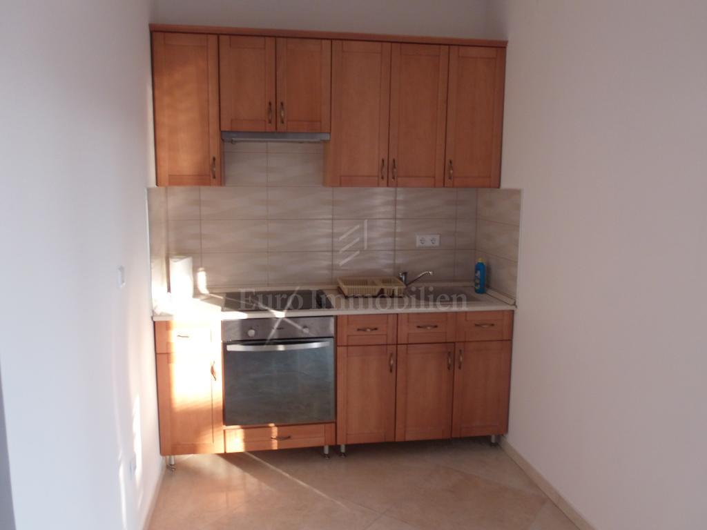 Novi Vinodolski - apartman u prizemlju, blizina mora