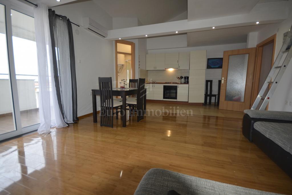Möblierte Wohnung mit Meerblick