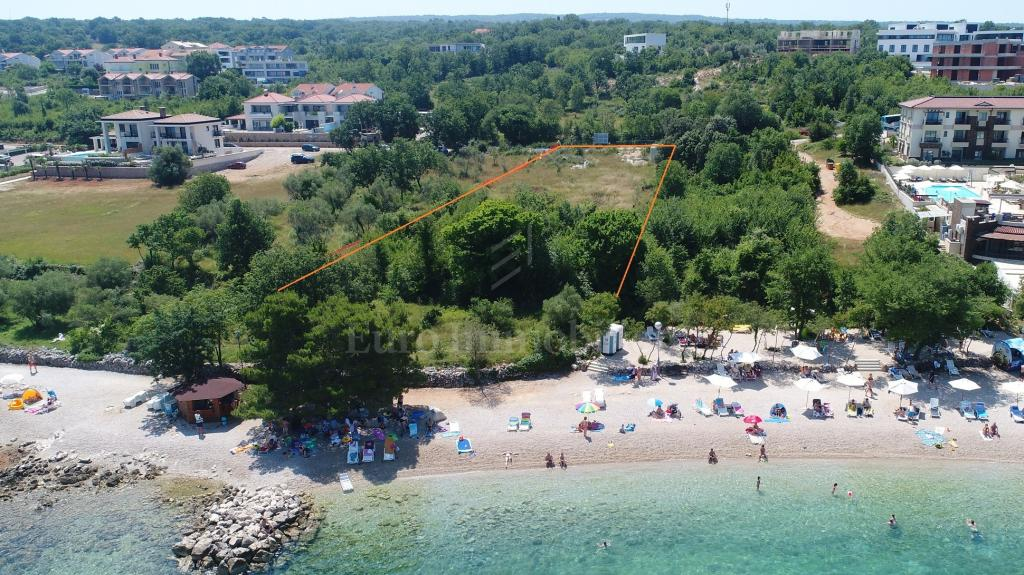 Island Krk, Malinska, apartments by the beach