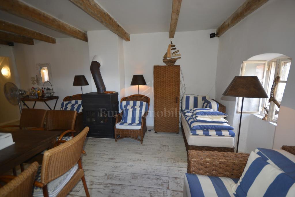 Das einheimische Mediterraner Stil Haus im Reihe mit Meerblick