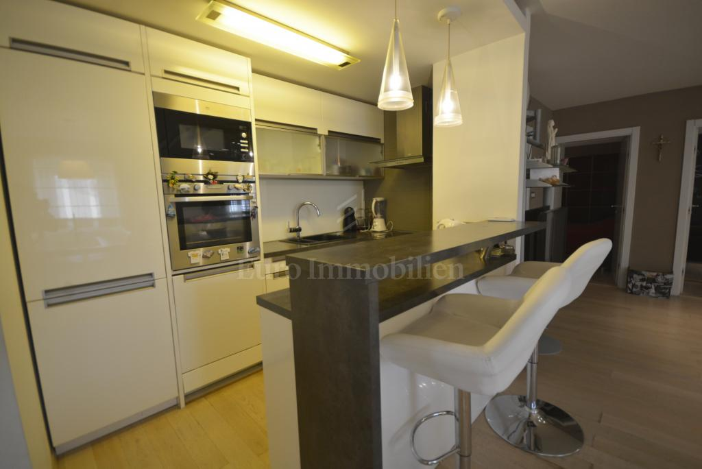 Spacious apartment with a tavern on the ground floor and garden!