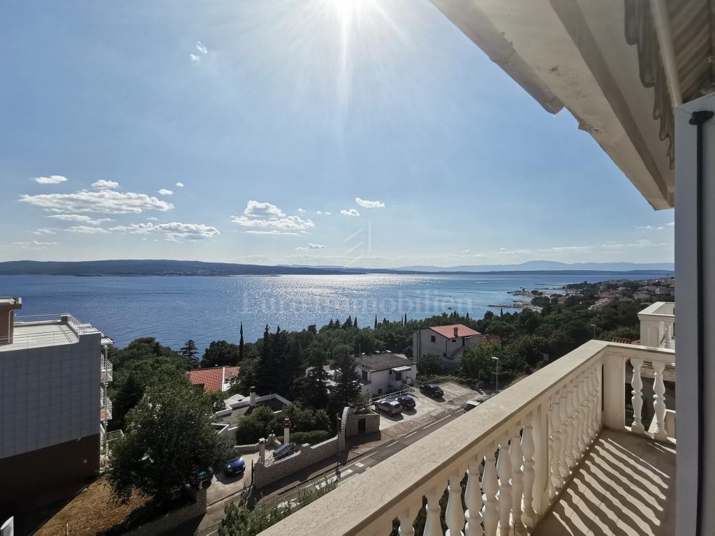 Apartman s fantastičnim pogledom na more!