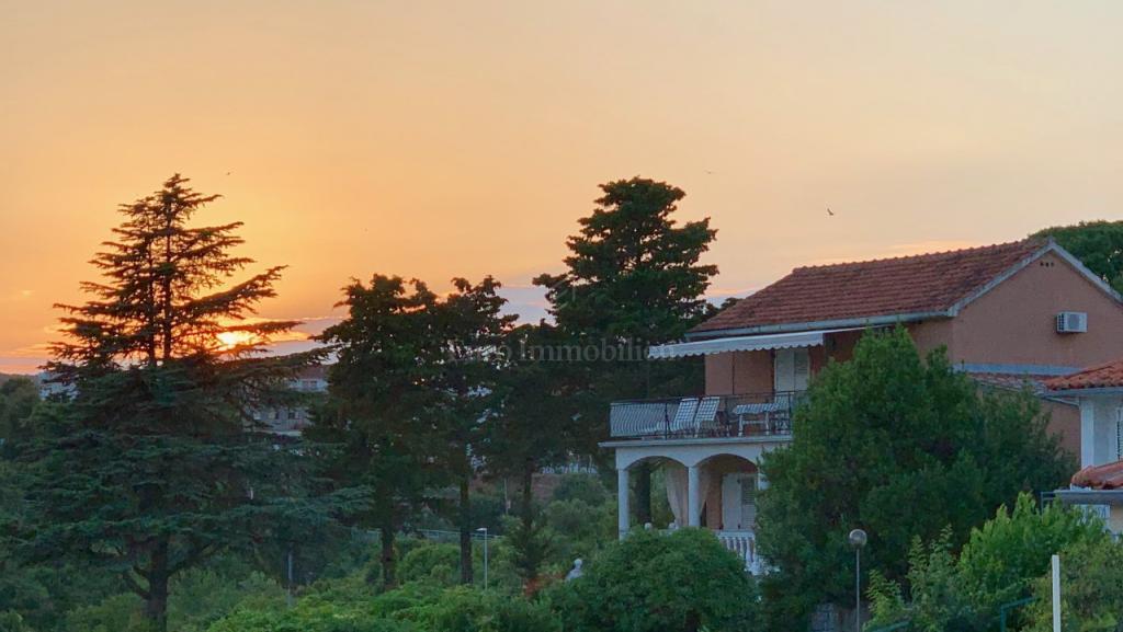 Prodaje se kuća na jedinstvenoj lokaciji