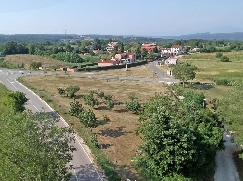 PRILIKA ZA INVESTITORE! Građevinsko zemljište u Istri