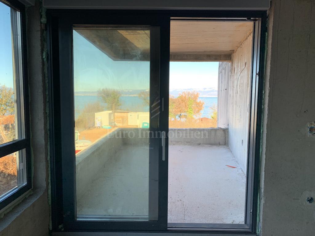 Moderne Wohnung in einem hochwertiges Neubau 70 m vom Meer