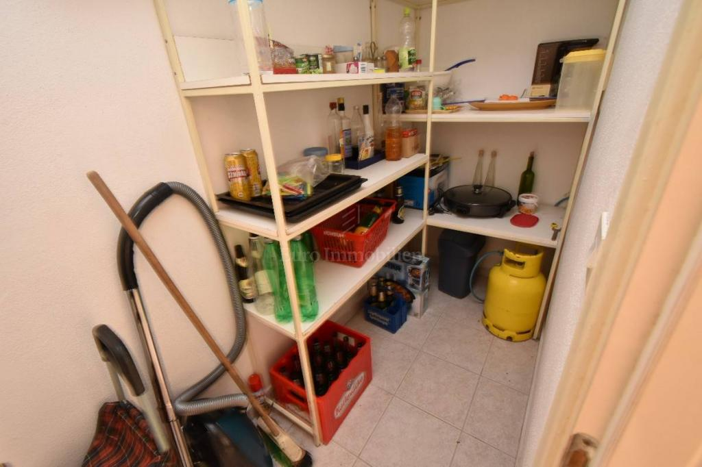 Apartman u prizemlju sa 400 m2 okućnice i garažom!
