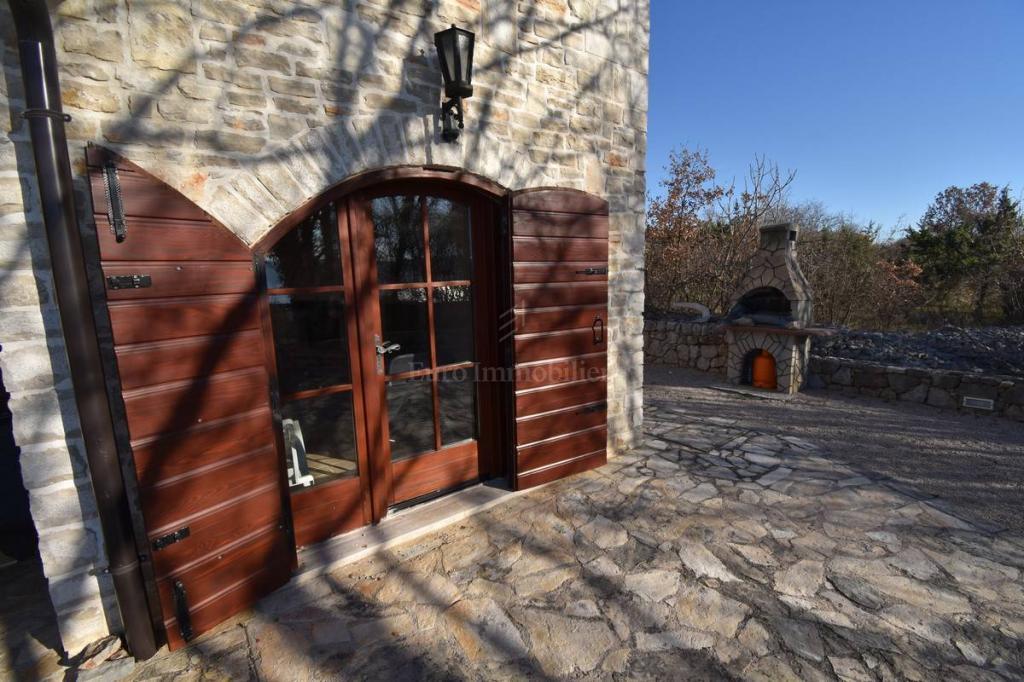 Schönes Steinhaus mit Blick auf das Meer! Insel Krk!
