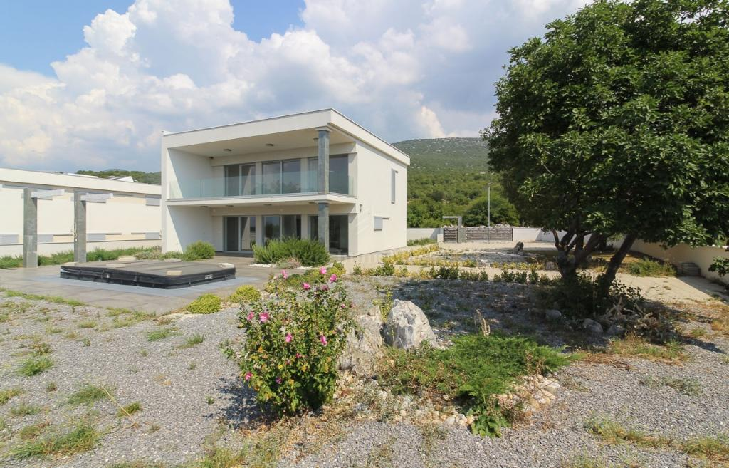 Smokvica, novoizgrađena kuća s bazenom, 250 m2