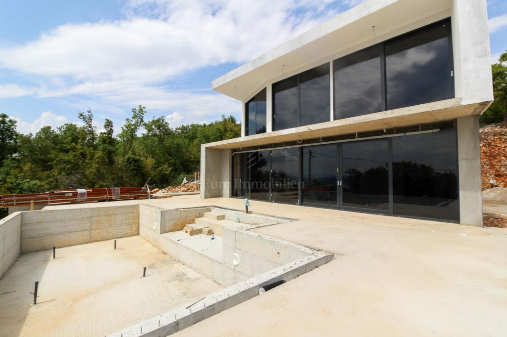 Crikvenica, new family house with pool, turnkey!