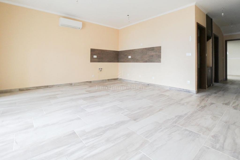Opatija, two bedroom flat with living room, 76,45 m2