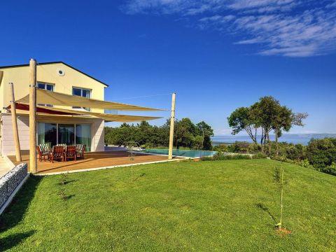 Mediteranska Villa s pogledom na more