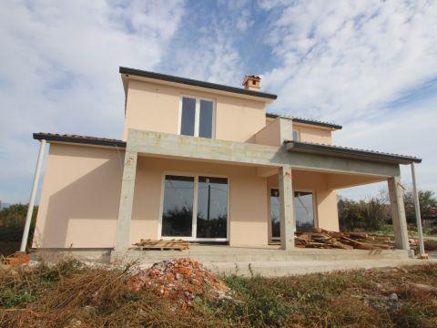 Labin, kuća za odmor u izgradnji