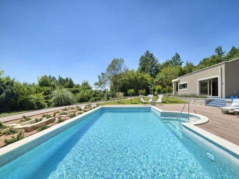 Labin, okolica, luksuzna Villa u prirodi sa bazenom i wellnessom