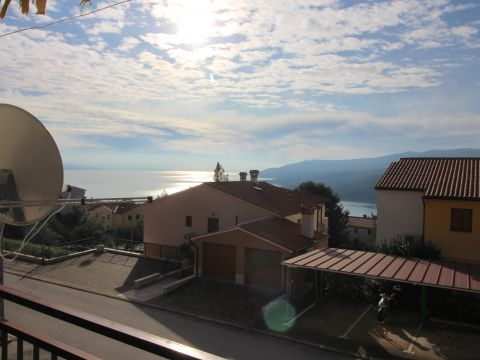 Rabac, stan sa pogledom na more