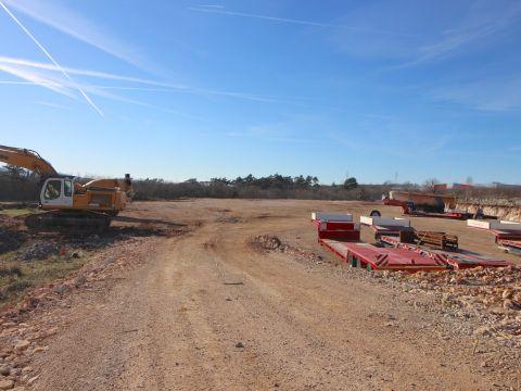 Labin, okolica, građevinsko zemljište u industrijskoj zoni