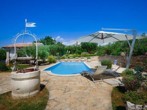 Poreč, okolica, šarmantna istarska kamena Villa s bazenom