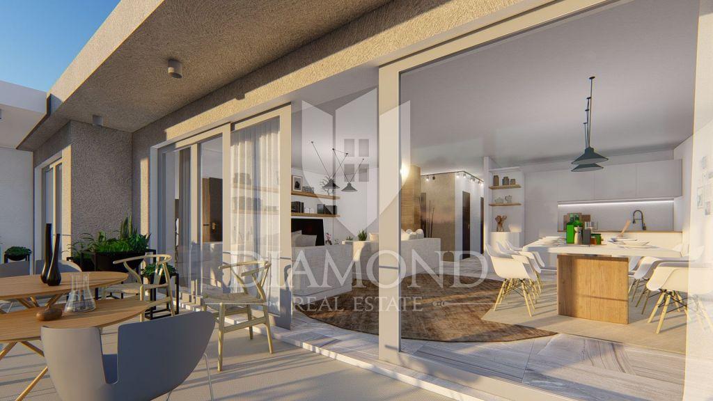Komforan i luksuzan stan sa pogledom na more